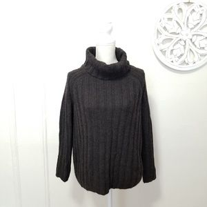Weekend Max mara size M wool blend sweater